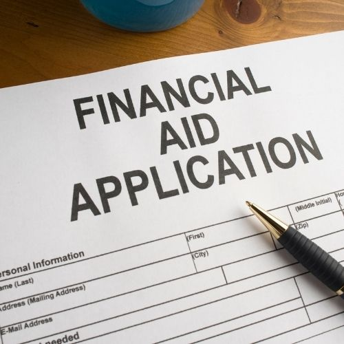 Financial aid college applications